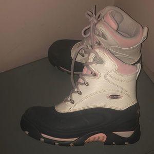 Columbia snow boots bugabootoo sz 8 warm cream